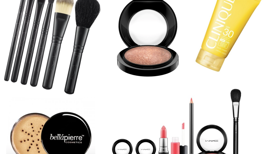 Travel Beauty Tips! 10 Travel Makeup Must-Haves